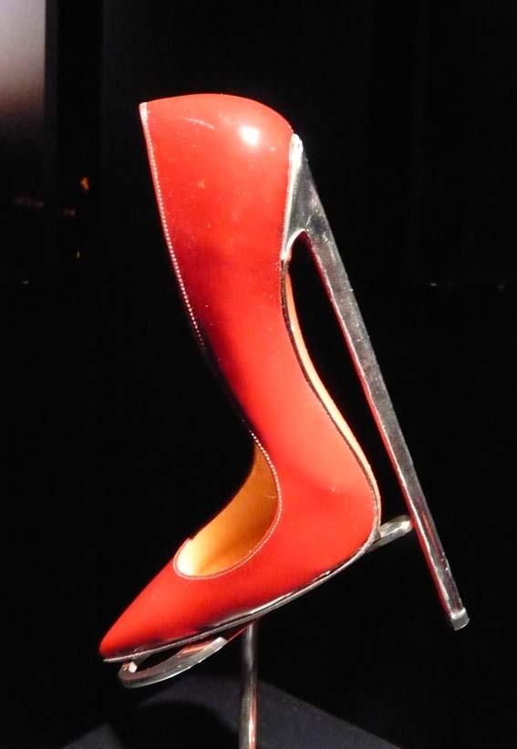 ルブタンの靴がヤバすぎるんだけど\u2026,i,15,1. \u003e\u003e